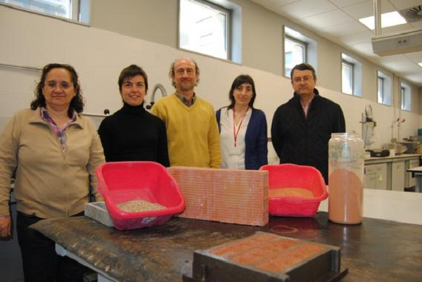 New cement made with ceramic and brick waste