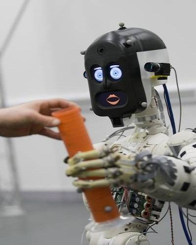 seductiveness of robots